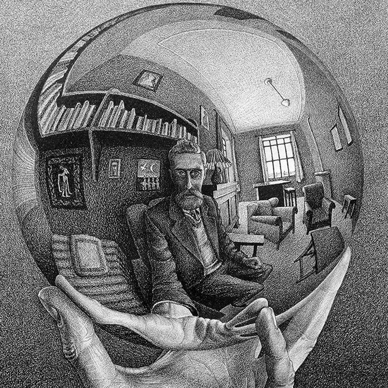 01_mano-con-sfera-riflettente